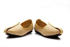 Imagen de los zapatos indios de la boda de los hombres fotos de archivo libres de regalías