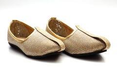 Imagen de los zapatos indios de la boda de los hombres imagen de archivo libre de regalías