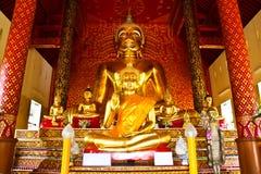 Imagen de oro de buddha Fotografía de archivo