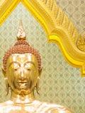 Imagen de oro tailandesa de Buda fotos de archivo