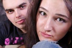 Imagen de pares jovenes Imagen de archivo libre de regalías