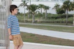 Imagen de PProfile de un muchacho en el parque Fotos de archivo libres de regalías