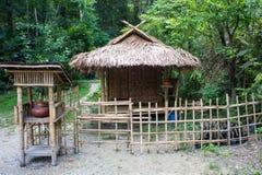Imagen de una cabaña rústica de madera de la playa Fotos de archivo libres de regalías
