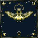 Imagen del insecto estilizado Goliat, un marco decorativo, símbolos del espacio Esotérico, misticismo, ocultismo Fotografía de archivo