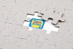 Imagen del pedazo del rompecabezas con por favor correcto y de vuelta El negocio, monta fotografía de archivo