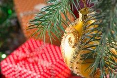 Imagen del primer de las decoraciones de la Navidad Imagen de archivo libre de regalías