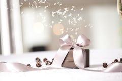 Imagen del regalo de lujo del Año Nuevo Imagen de archivo libre de regalías