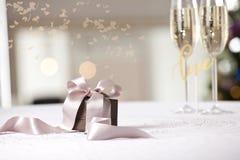 Imagen del regalo de lujo del Año Nuevo Fotografía de archivo libre de regalías