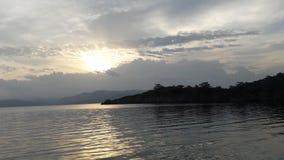 Imagen del sol y del mar fotografía de archivo libre de regalías