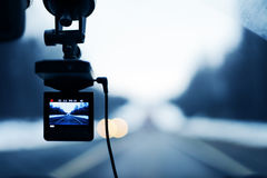 Imagen del video del coche en la acción Foto de archivo