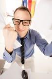 Imagen divertida del hombre de negocios en oficina Fotografía de archivo