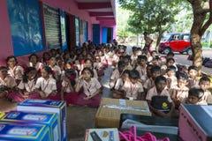 Imagen editorial documental Encuentro en la escuela del gobierno Foto de archivo libre de regalías