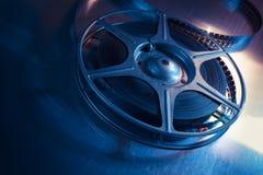Imagen encendida dramática de un carrete de la película Foto de archivo