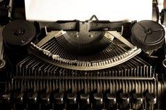Imagen filtrada vintage de la máquina de escribir Foto de archivo libre de regalías