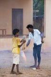 Imagen ilustrativa editorial Adolescentes en la calle, la India Fotos de archivo libres de regalías