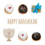 imagen judía de Jánuca del día de fiesta con los buñuelos tradicionales aislados y menorah y x28; candelabra& tradicional x29; en
