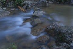 Imagen lenta del obturador del río Imagen de archivo