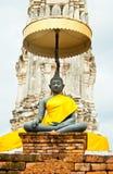 Imagen negra de buddha en un templo Fotografía de archivo libre de regalías