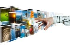 Images de atteinte de main coulant du profond Images libres de droits