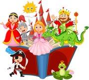 Imagination dans un livre féerique d'imagination de queue d'enfants illustration stock