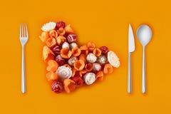 Imagination des légumes avec des carottes et des radis Images libres de droits
