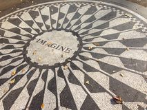 Imaginez le connexion Strawberry Fields Images libres de droits