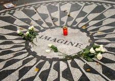Imaginez le jardin de Strawberry Fields du Central Park de paix photo libre de droits