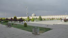Imam Square Isfahan för regn arkivfilmer