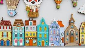 Imanes coloridos de la pequeña casa stock de ilustración