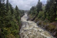 Imatra, Finnland Fluss Vuoksa stockfotos