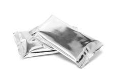 Imballaggio in bianco della stagnola dello spuntino isolato su bianco Immagine Stock Libera da Diritti