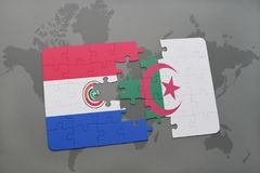imbarazzi con la bandiera nazionale del Paraguay e dell'Algeria su una mappa di mondo Fotografia Stock