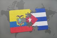 imbarazzi con la bandiera nazionale dell'Ecuador e della Cuba su un fondo della mappa di mondo Immagini Stock Libere da Diritti