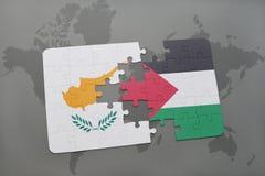 imbarazzi con la bandiera nazionale della Cipro e della Palestina su una mappa di mondo Fotografia Stock