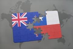 imbarazzi con la bandiera nazionale della Nuova Zelanda ed il peperoncino rosso su un fondo della mappa di mondo Fotografia Stock