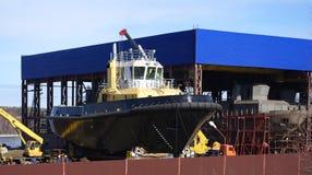 Imbarcazione in costruzione sugli stock Fotografia Stock