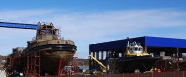 Imbarcazione in costruzione sugli stock Fotografie Stock