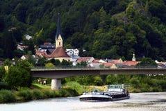 Imbarcazione sul fiume Fotografie Stock Libere da Diritti