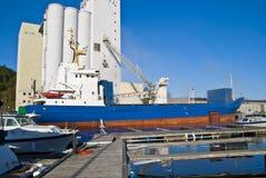 Imbarcazioni di carico Immagine Stock Libera da Diritti