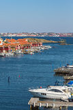 Imbarcazioni a motore al porticciolo fotografie stock