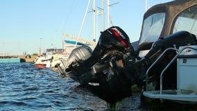 Imbarcazioni a motore e yacht archivi video