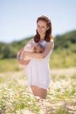 Imbir matka pozuje outdoors Obraz Royalty Free
