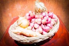 Imbir, szalotki i cebule, obraz stock