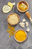 Imbir, Turmeric, cytryna i honeycomb, Fotografia Royalty Free