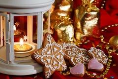 Imbirowi ciastka, świeczki i torby z prezentami, Nowego Roku `s skład Obrazy Stock
