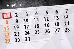 Imbroglia il giorno calendario pagina 2018 il 1° aprile fotografia stock