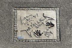 Imiona i ręka druki gwiazdy przy Monachium spacerem sława w Fotografia Stock