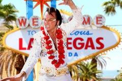 Imitatore di Elvis e segno identici di Las Vegas fotografie stock libere da diritti