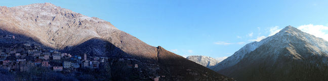 Imlil, деревня в высоких горах атласа Марокко Стоковое Изображение