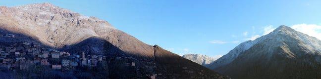 Imlil en by i de höga kartbokbergen av Marocko Fotografering för Bildbyråer